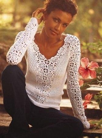 Блузка цветочными мотивами (6 фото) - картинка
