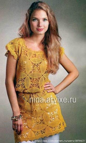 Платье из мотивов (2 фото) - картинка
