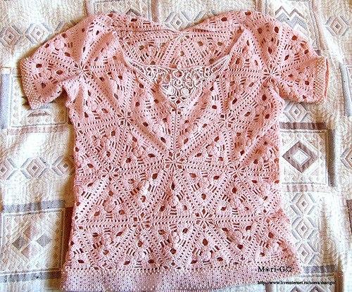 Ажурная блузка из мотивов крючком. (9 фото)