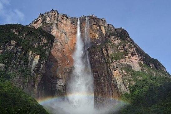 Водопад Анхель в Венесуэле - самый высокий водопад в мире (1054 метра)