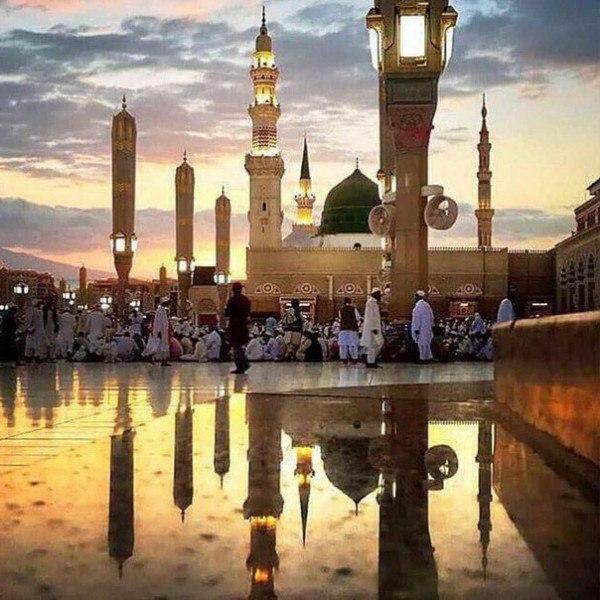 Хадис: «Ты должен поклоняться Аллаху так, будто видишь Его, а если ты Его не вид...