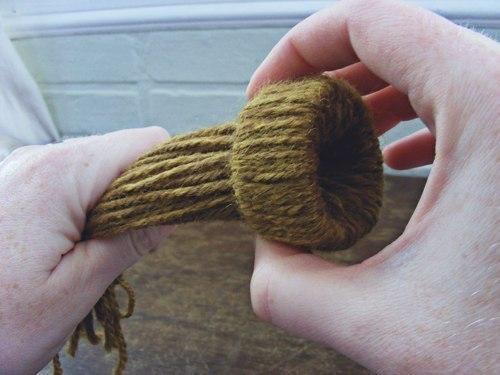 Миниатюрная шапочка (10 фото) - картинка