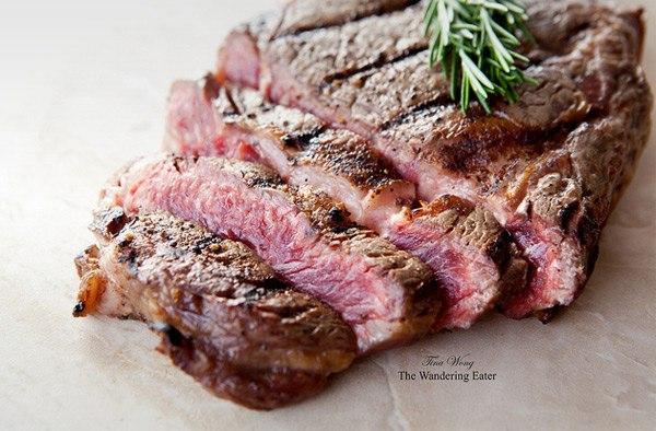 Не любите мясо? А с кровью? Вы просто не умеете его готовить.