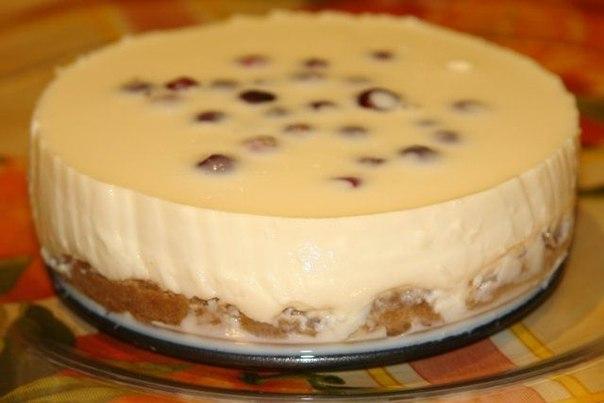 Торт без выпечки из печенья и сыра
