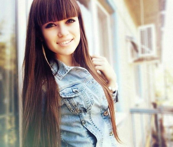 Devushki_s_chelkoi_7. Фото красивых девушек с челкой.