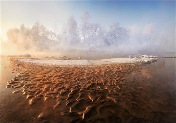 «Остров». Река Свислочь, Республика Беларусь. Автор фото: Влад Соколовский.