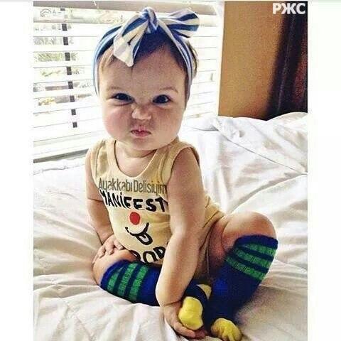 Фото на аву маленькая девочка