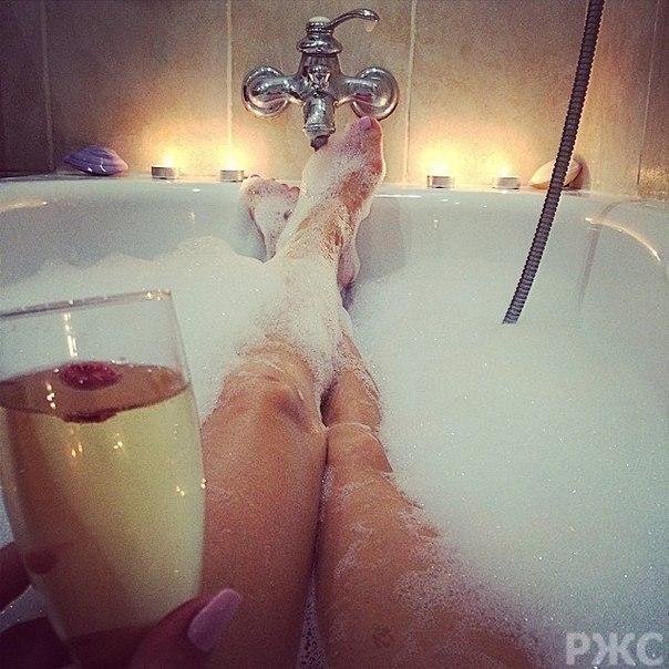 фото в ванной девушек