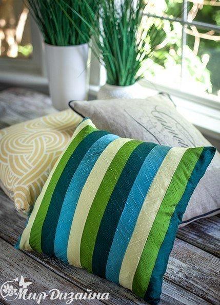 Делаем чехлы из шелковых лент на диванные подушки… (6 фото) - картинка