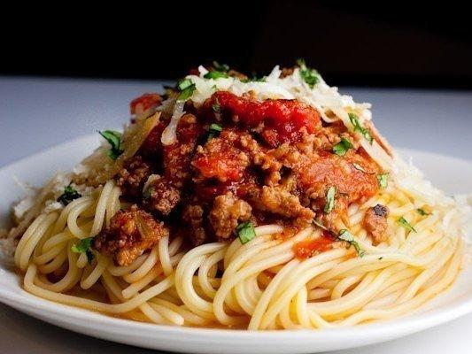 9 рецептов подливы к макаронам  1.Сливочная подлива к макаронам с помидорами  Вам понадобится: -несколько...