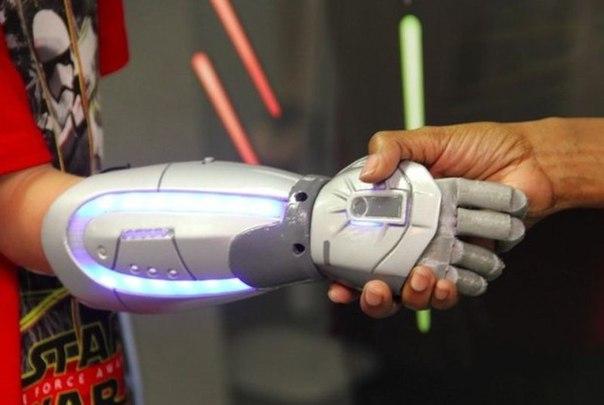 Disney и Open Bionics займутся разработкой стилизованных детских протезов