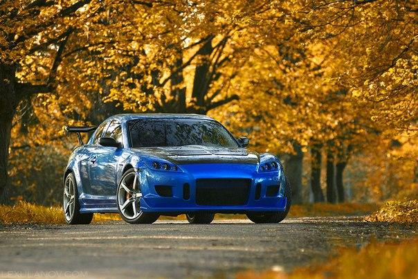Mazda RX-8. #CarsGirls