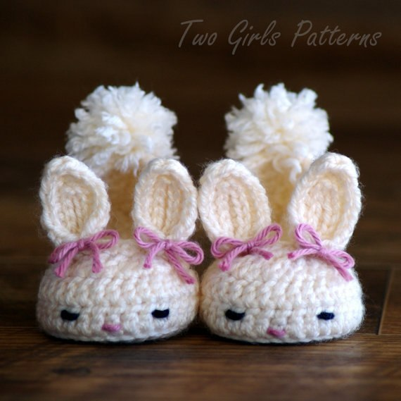 (4 фото) Тапочки-зайчики для