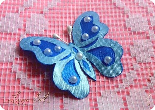 Бабочки из атласных лент