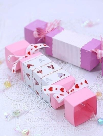 Подарочная упаковка в виде конфеты (10 фото) - картинка