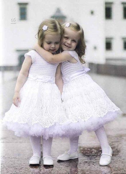 Вязаные крючком платья для девочек. (7 фото) - картинка