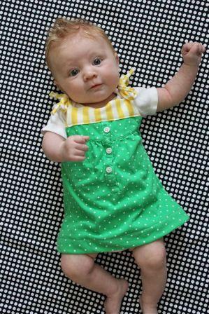 Платье для малышки из футболки (8 фото) - картинка