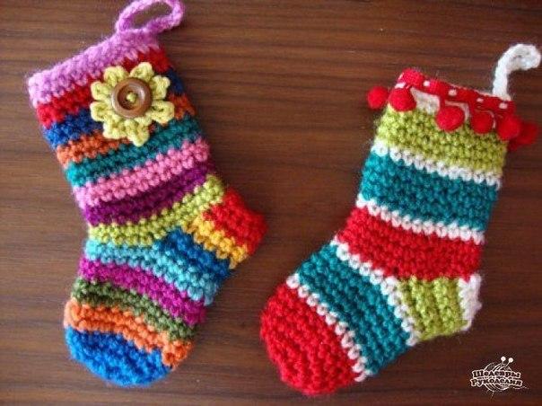 Носочки малышам из остатков пряжи (10 фото) - картинка