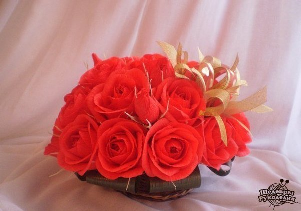 Букет роз из конфет и гофрированной бумаги… (9 фото) - картинка
