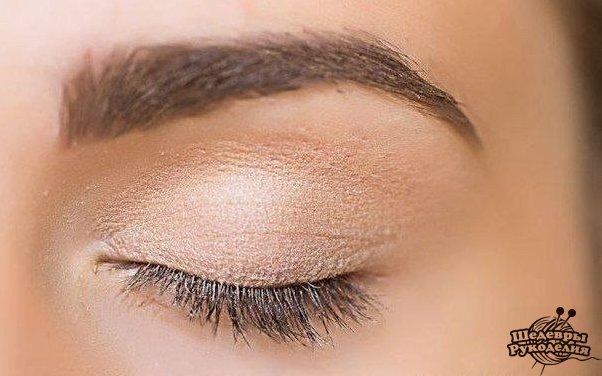Дневной макияж со стрелками фото-урок (9 фото) - картинка