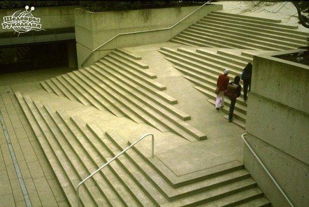 Оригинальная лестница (1 фото) - картинка