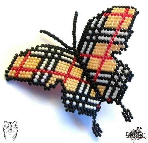 Бабочки в стиле Burberry. Бисер. (3 фото) - картинка