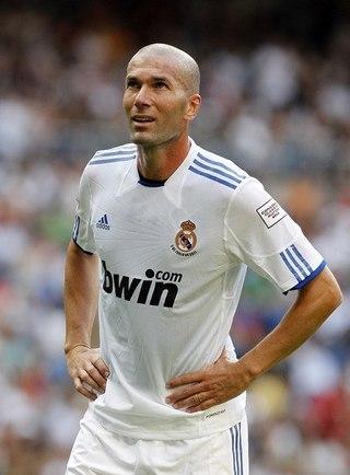 забил два гола в трех матах и был отчислен: