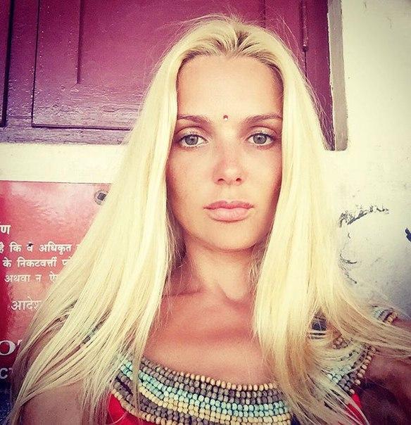 Смотрим на Екатерина Мельник без одежды. Бесплатные секс фотки без порно