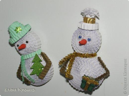Снеговик своими руками из гофрированного картона