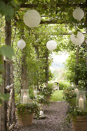 Садовый декор. Праздник в саду. (1 фото) - картинка