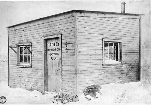 """Первый магазин """"Harley-Davidson Motor Co."""", 1903 г."""