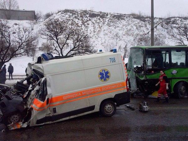 Медики рассказали о состоянии пострадавших в страшной аварии в Харькове