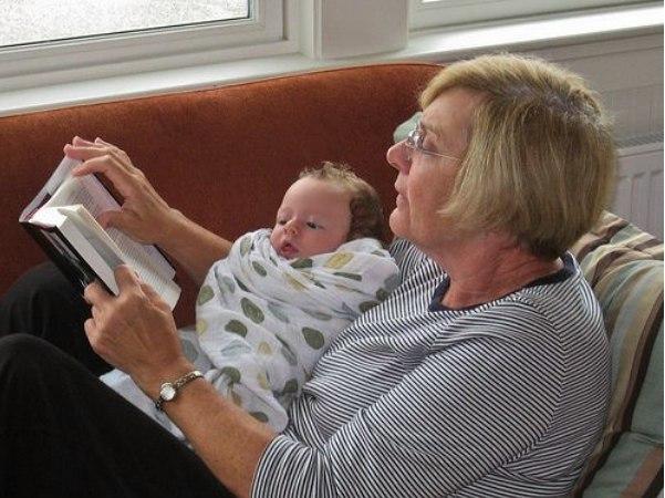 Зачем читать ребёнку одну и ту же сказку?