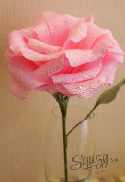 Большая роза из гофрированной бумаги (5 фото)