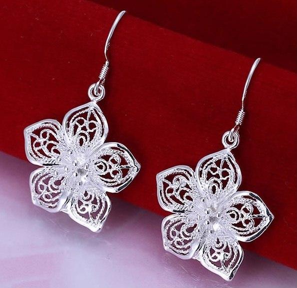 Сережки  Стерлінгове срібло, 925 Ціна - 125 грн Доставка 1-2 дня  Для того, щоб зробити замовлення потрібно написати адміністратору http://vk.com/id106161997