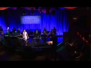 Кристен Белл исполняет песни Анны из мультика