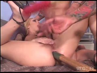 Filthy fucking slut kelly wells double penetration