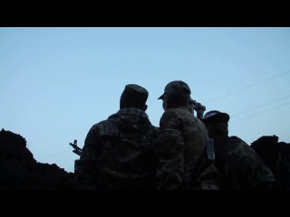From the trenches - Firing as Ukrainian troops moving closer-_HD