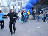 Пацанчики танцуют