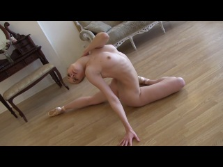 Светской босые голые балерины фото сексуальные