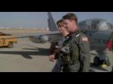 Горячие головы / Hot Shots! (1 часть) Фильм 1991 года.В главных ролях: Чарли Шин, Кэри Элвис, Валерия Голино, Ллойд Бриджес. Жанр: боевик, комедия, военный, пародия.