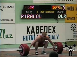 Андрей Рыбаков рывок 182,5 кг в.к. до 85 кг(Мировой рекорд среди юниоов)
