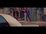 Удевительный Человек- Паук и его мини отражения.