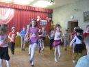 Танец до упада4 класс выпускной..на видео присутствуют Юлия Гирстун,Яна колтакова,Лиза Гуляшко,Анна Лонская,Ольга Верхович,Лиз
