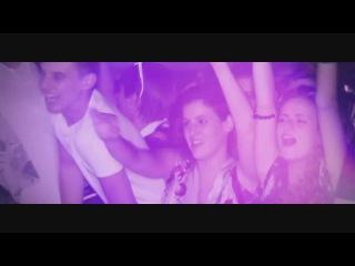 ALEXANDRA DAMIANI VS. SAVAGE - Don't Cry Tonight (2012)