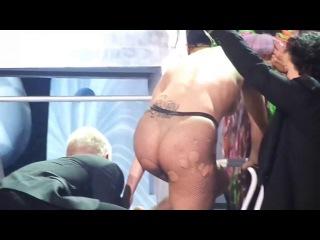 голая Леди Гага (Lady Gaga) Sideboob/Thong - Philips Arena (Atlanta/2014) http://vk.com/nudecelebrities - все голые знаменитости