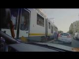Девушке трамвай отрезал ноги