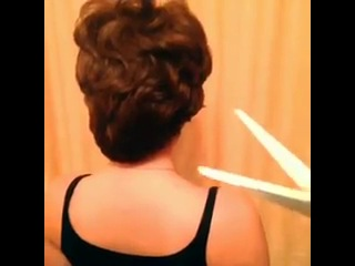 Типичный парикмахер by DashaBerrimor (вайн)