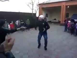 Вандам в Чеченском Ловзарге