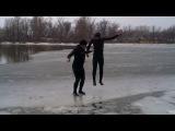 Зима а мы купаемся 3